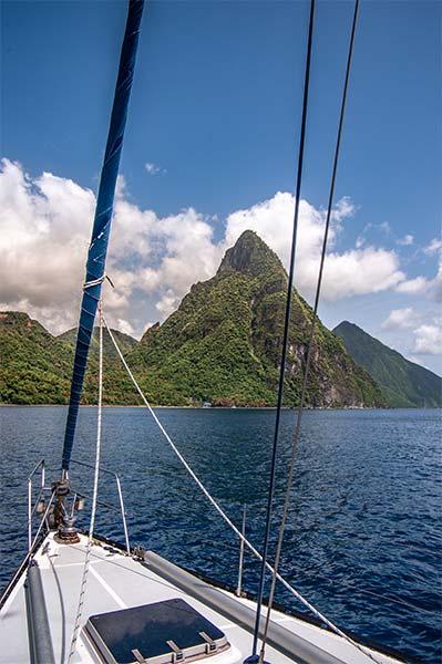 Segelyacht Axiom vor Anker in St. Lucia