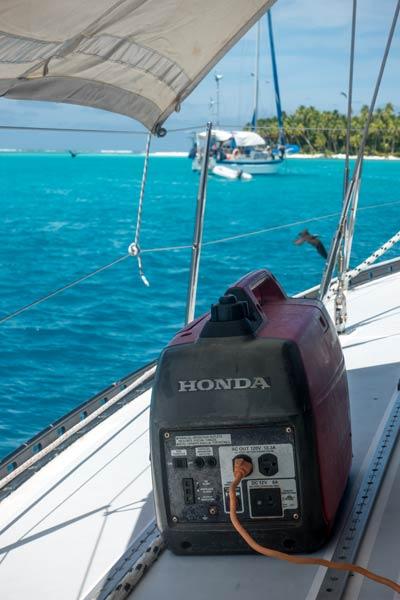 Generator von Honda auf Deck