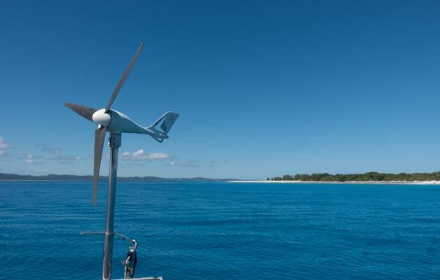 Windgenerator- alternative Energie Segelboot